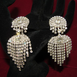 Capri Jewelry - NWT Capri Chandelier Rhinestone Drop Earrings VTG